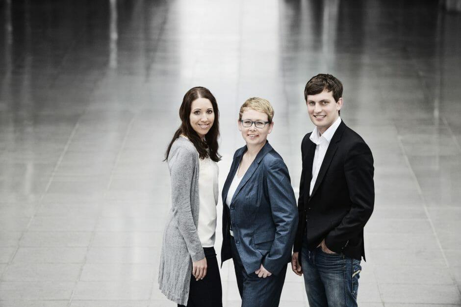 Das Social-Media-Team der DB Bahn: Henrika Meusert, Svea Raßmus und Nico Kirch.