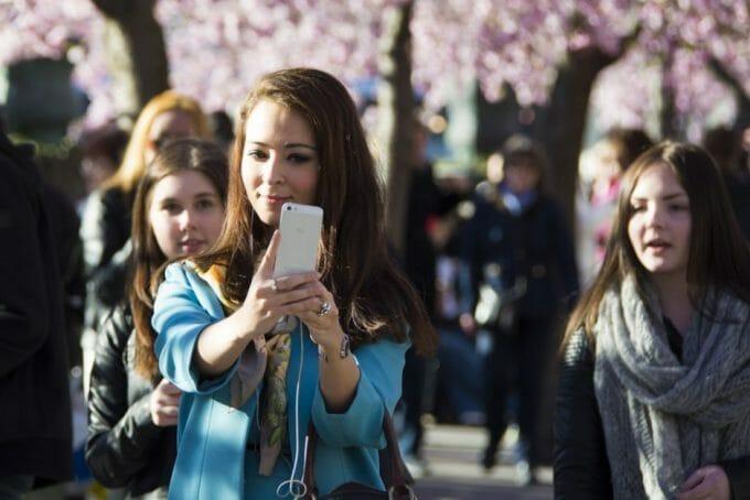 Generation Selfie (Foto: Patrik Nygren, flickr.com. Lizenz: CC BY-SA 2.0)