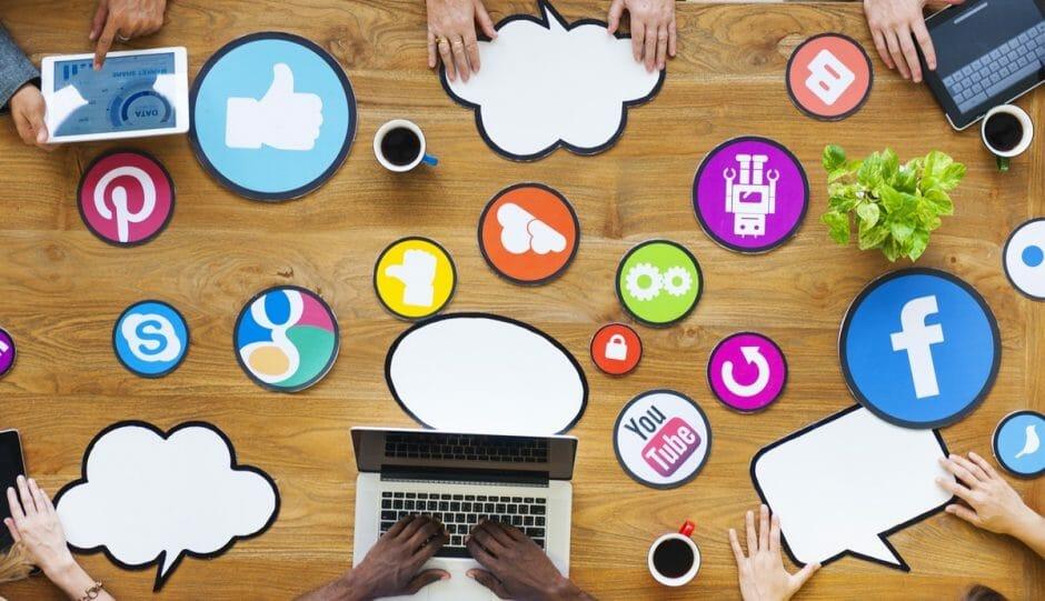 Symbolfoto Social-Media-Team
